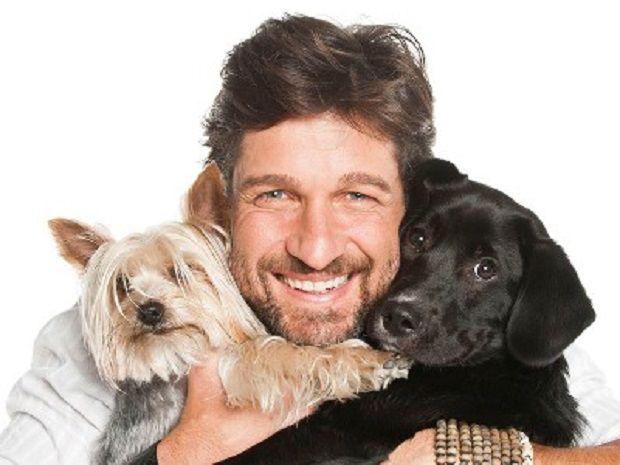 http---media.petsblog.it-e-e8f-edoardo-stoppa-amico-degli-animali